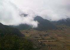 Pululahua #mountain #nuages #cloud Ecuador, Mountains, Country, Nature, Travel, Clouds, Viajes, Rural Area, Traveling
