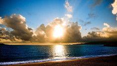 západ slunce na pláži HD obrázek