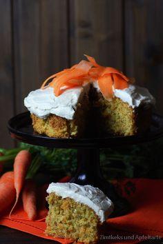 Carrot-Cake mit Zimtfrosting und Rezension von