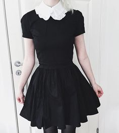I feel like a cute witch in this dress from @deandri ;v;