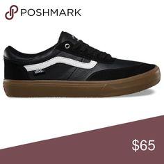 b5a91d0c70 Vans Gilbert Crockett black wht gum sneaker shoes New with box Vans Gilbert  crockett Black  white  gum Black suede and leather upper Gum outsole Men  size ...