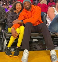 Vanessa Bryant honors Kobe and Gianna as grieving Lakers pay tribute Vanessa Bryant, Kobe Bryant Family, Kobe Bryant Nba, Kobe Bryant Kids, Nba Players, Basketball Players, Duke Basketball, College Basketball, Big Four