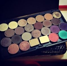 I really need and want a Z-Pallete!!!!