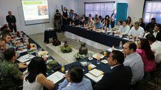En reunión de las Mesas de Seguridad y Justicia de La Piedad y Zamora, el titular de la SSP, Juan Bernardo Corona, dio a conocer el avance en la instalación ...