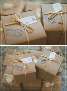brown paper boxes -- with personalized stamp Great gift/party favors. Gift Wrapping Tutorial, Gift Wrapping Bows, Creative Gift Wrapping, Christmas Gift Wrapping, Creative Gifts, Wrapping Ideas, Gift Wrapping Techniques, Diy Crafts Vintage, Brown Paper Packages