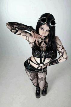 Fishnet Goth girl with a Cyber punk set of goggles Gothic Girls, Hot Goth Girls, Style Steampunk, Gothic Steampunk, Goth Beauty, Dark Beauty, Dark Fashion, Gothic Fashion, Steam Punk