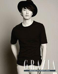 Yoon Sang Hyun - Grazia Magazine September Issue 13