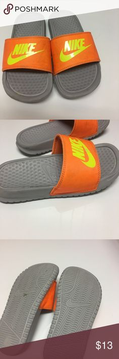 Boys Nike slides Awesome pool slides! Slip on & go! Nike Shoes Water Shoes