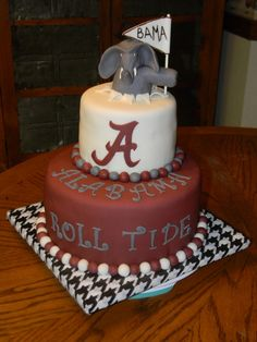 Made for a huge Bama fan for a surprise 12th birthday.  The birthday boy was diagnosed with cancer earlier this year and his aunt was giving...