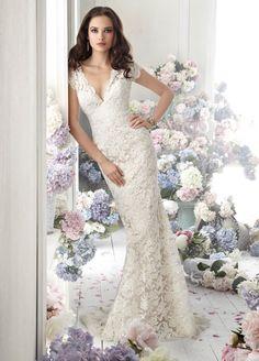 v neck lace wedding dress - Google keresés