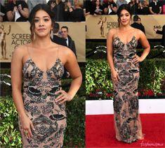SAG Awards 2017: Gina Rodriguez - Fashionismo