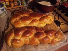 Tresse vaudoise : brioche suisse - Recette de cuisine Marmiton : une recette Brunch, Food And Drink, Baking, Eat, Breakfast, Desserts, Boards, Accusations, Diners