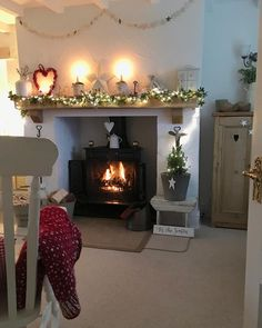 Hubby is on his works night out today, Poppie and I are going to get cosy, watch Xmas films and eat lots of yummy snacks and treats. Cosy Lounge, Christmas Home, Home Living Room, Front Room, Christmas Room, Cosy Room, Fireplace Decor, Cottage Living Rooms, Cosy Living Room