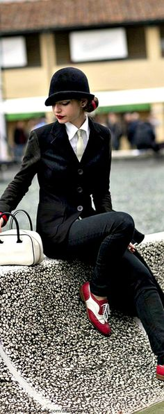 Love the 1940's inspired man tailored suit for women!