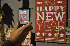Deco idee: tekstborden met kerstige christmas quotes - Christmaholic.nl Christmas Quotes, Merry Christmas, Xmas, Pure Leaf Tea, Happy New, Pure Products, Drinks, Bottle, Merry Little Christmas