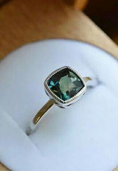 Dream engagement ring. So perfect x