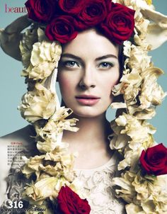 VOGUE TAIWAN | Editorial Maio 2012 | Julia Dunstall por Yossi Michaeli