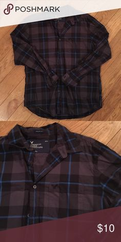 Men's Casual Button Down Excellent condition.  Athletic fit.  Comes from pet free, smoke free home. American Eagle Outfitters Shirts Casual Button Down Shirts