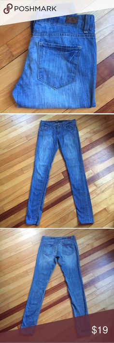 """BDG Cigarette Skinny Jeans Super soft cigarette jeans by BDG sold at Urban Outfitters. 98% cotton; 2% polyester. Waist 15""""; Thigh 8.5""""; Rise 7.5""""; Inseam 31.5"""". EUC BDG Jeans Skinny"""