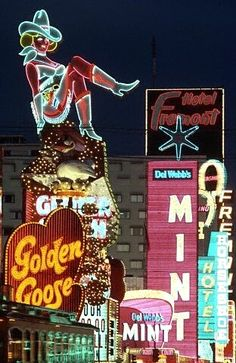 Vintage shot of the old casino neon signs, glitter gulch, downtown las vegas. Vintage Neon Signs, Old Neon Signs, Old Vegas, Pompe A Essence, Retro, Las Vegas Nevada, Las Vegas Sign, Fremont Street, Nocturne