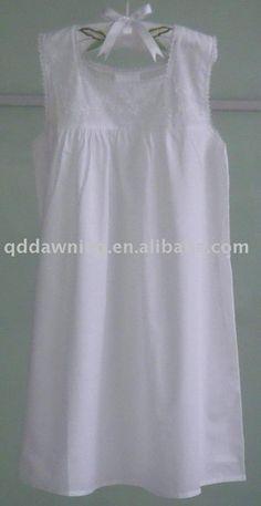 Children's white cotton nightgown