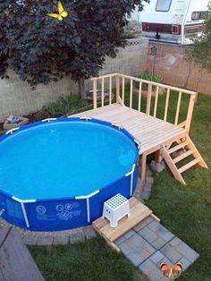 Piscina Pallet, Piscina Diy, Piscina Intex, Above Ground Swimming Pools, Swimming Pools Backyard, Swimming Pool Designs, In Ground Pools, Swimming Holes, Above Ground Pool Landscaping