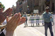 PIacenza applaude la sfilata #adunata nazionale #alpini #piacenza 2013