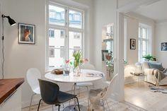 スタイリッシュなスウェーデン人のアパート