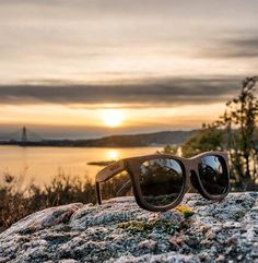 Wood3n Eyewear - Poseidon Walnut, handmade glasses made out of recycled wood with controlled origins. #eyewear #handmade # wood3n #wood #eco-friendly #sunglasses #walnu