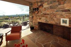 Edris House | Architect: E. Stewart Williams (1953) Location: Palm Springs, CA Underground Cities, Ranch Style Homes, Architect House, Palm Springs, Mid-century Modern, Mid Century, Patio, City, Outdoor Decor