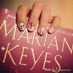 lyndarthemerciless:  A fanicure inspired by the cover of Marian...