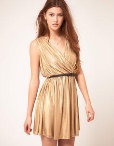vestido estilo grego , decote !!