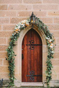 www.larahotz.com Flowers by Jardine Botanic