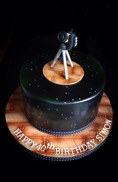 Telescope and constellation birthday cake by www.flossiepopscakery.co.uk