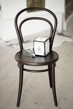 chair no 14 + diamonds lights
