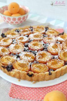 Rezept für eine Marzipantarte mit Aprikosen: http://ullatrullabacktundbastelt.blogspot.de/2016/07/aprikosen-marzipan-tarte.html