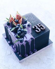 Cake Design Ideas - Decorating Cake With Fruits Gorgeous Cakes, Pretty Cakes, Cute Cakes, Amazing Cakes, Cake Cookies, Cupcake Cakes, Super Torte, Bolo Cake, Drip Cakes