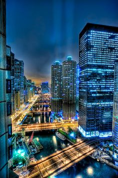 Chicago at Night HDR. Always loved that skyline. Chicago At Night, Chicago River, Chicago City, Chicago Illinois, Chicago Chicago, Chicago Skyline, Foto Hdr, Places To Travel, Places To See