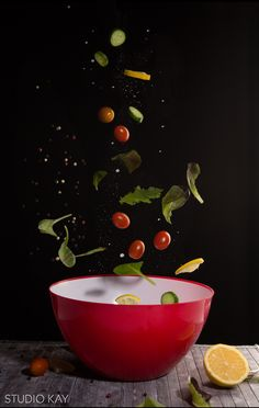 Dynamic salad food photography in motion | Studio Kay