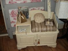 Telephone Bench with storage