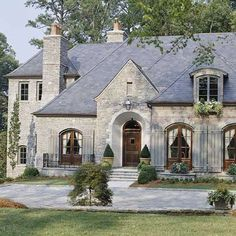 French house design exterior french country house best french country houses images french country exterior my Style At Home, French Style Homes, Country Style Homes, French Country Style, French Country Decorating, Rustic French, French Chateau Homes, French Home Decor, Country Stil