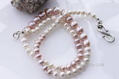 Pearl Necklace, Freshwater pearls in two tones, increasing size in the middle of the necklace, Freshwater Pearl Necklace, code: KTC-282