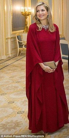 Ce soir, le roi Willem Alexander et la reine Maxima donnent un dîner en l'honneur du président allemand qui a lieu au palais royal de La Ha...