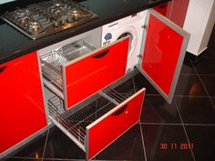 Mobila bucatarie moderna la comanda Bacau Wall Oven, Washing Machine, Kitchen Appliances, Diy Kitchen Appliances, Home Appliances, Kitchen Gadgets