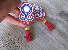 Ridgways / White, blue and red...soutache
