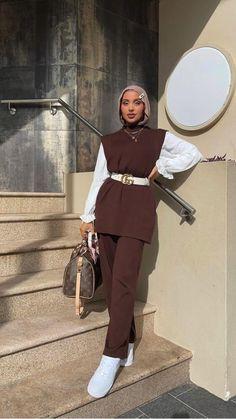 Modest Fashion Hijab, Modern Hijab Fashion, Street Hijab Fashion, Modesty Fashion, Hijab Fashion Inspiration, Muslim Fashion, Fashion Outfits, Modest Outfits Muslim, Hijab Fashion Summer