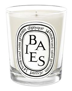 Baies Scented Candle ~ A bouquet of roses and black currant leaves ~