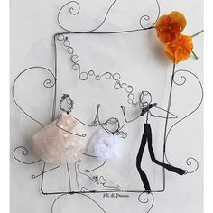 One of a kind Family portrait Celebration Box, Wire Art Sculpture, Wire Crafts, Wire Work, Tissue Paper, Wire Wrapping, Projects To Try, Handmade, Instagram