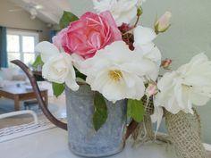 Summer Decorating | ♥ White Ironstone Cottage blog..... gorgeous!