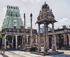HIstory Of India and World: History Of Varadaraja Perumal Temple - Why Is Athi. History Of India, World History, Law And Justice, Worship The Lord, 65 Years Old, Sistine Chapel, Metropolitan Museum, Deities, Big Ben